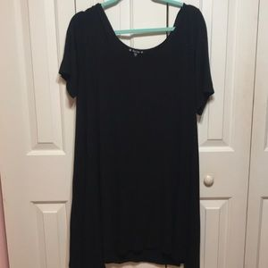 Dresses & Skirts - Black T-Shirt style Dress Plus Size